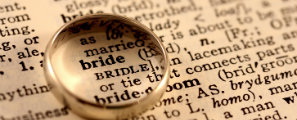 Content_lettering_bride_ring